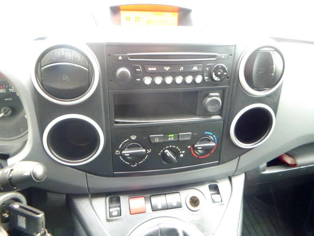 Afbeelding Citroen Berlingo 1.6 HDI 100pk 3 zits + Schuifdeur - Dakrails